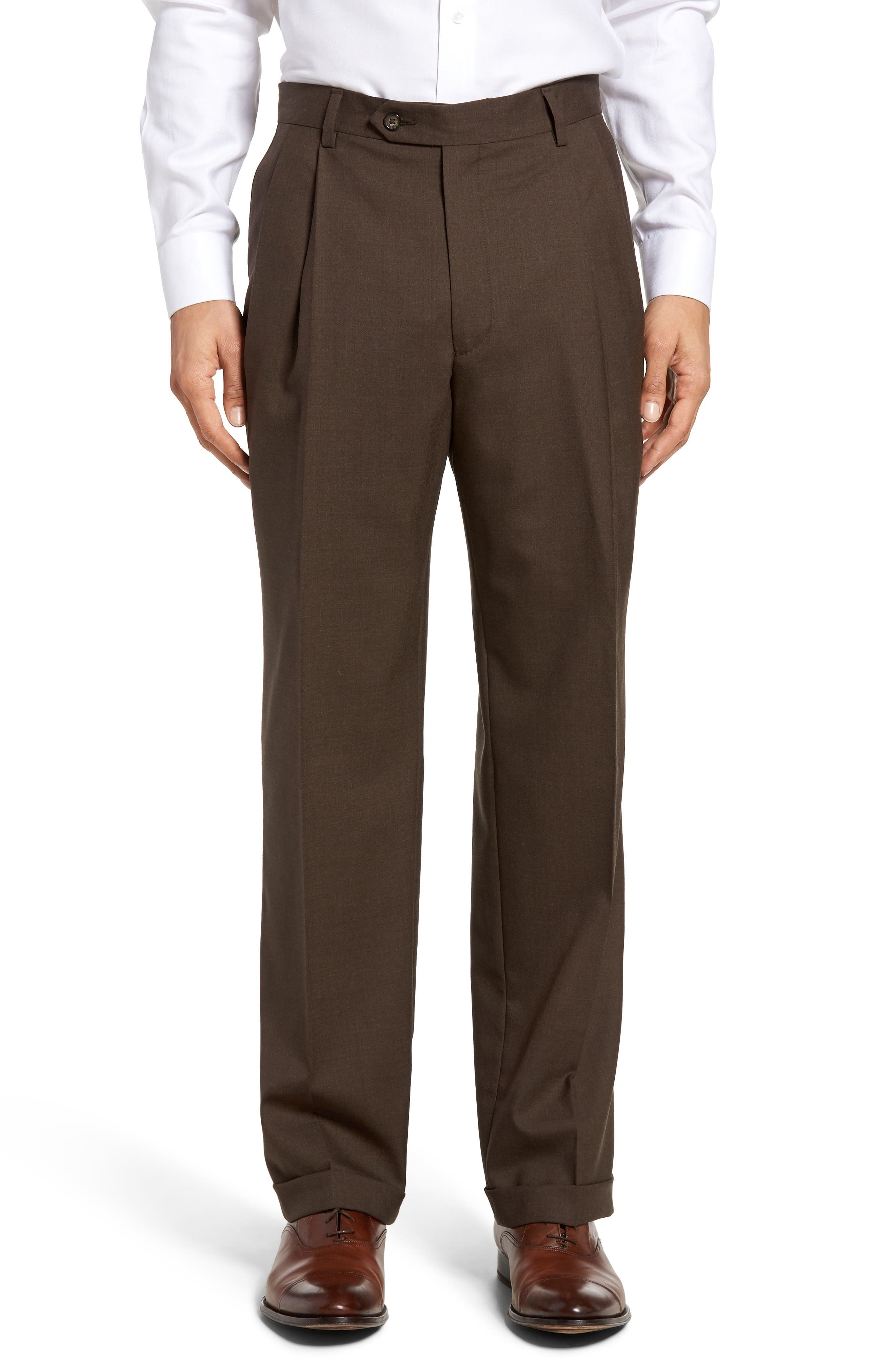 Lightweight Plain Weave Pleated Classic Fit Trousers