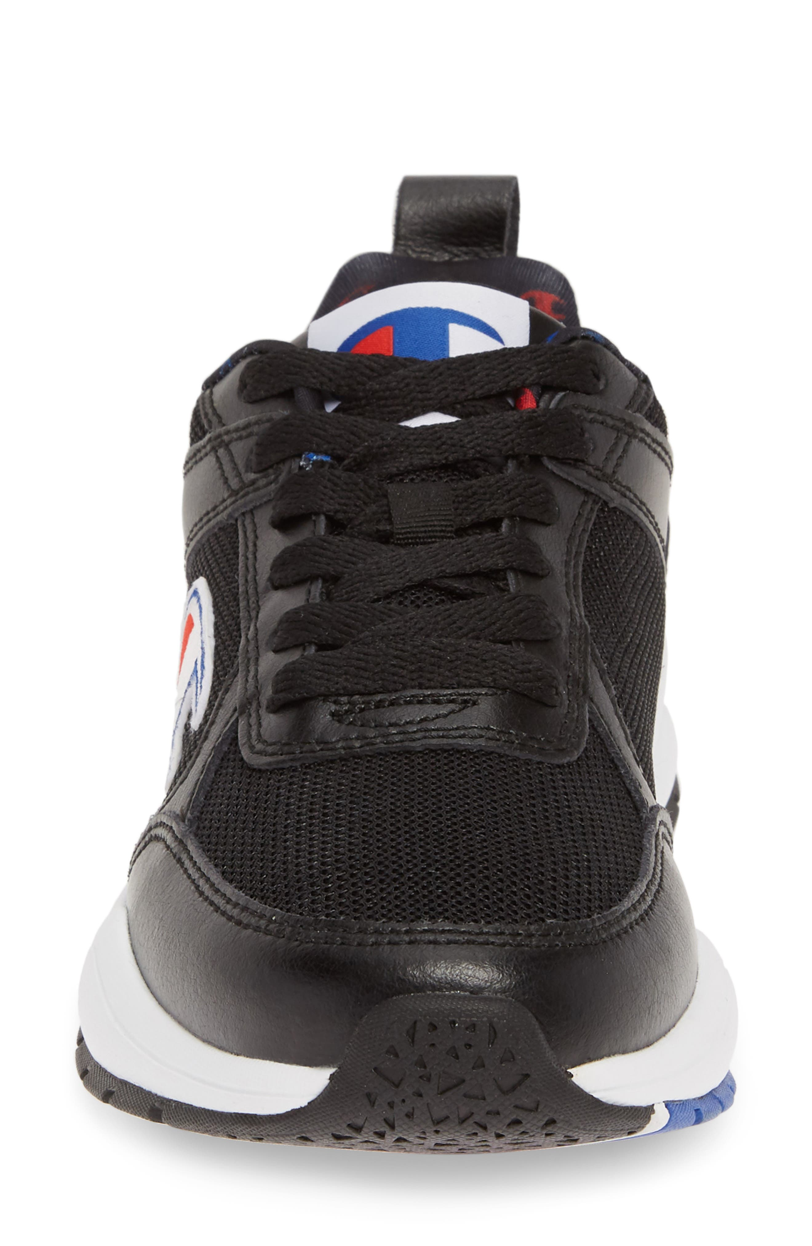 ,                             93 Eighteen Classic Sneaker,                             Alternate thumbnail 4, color,                             BLACK