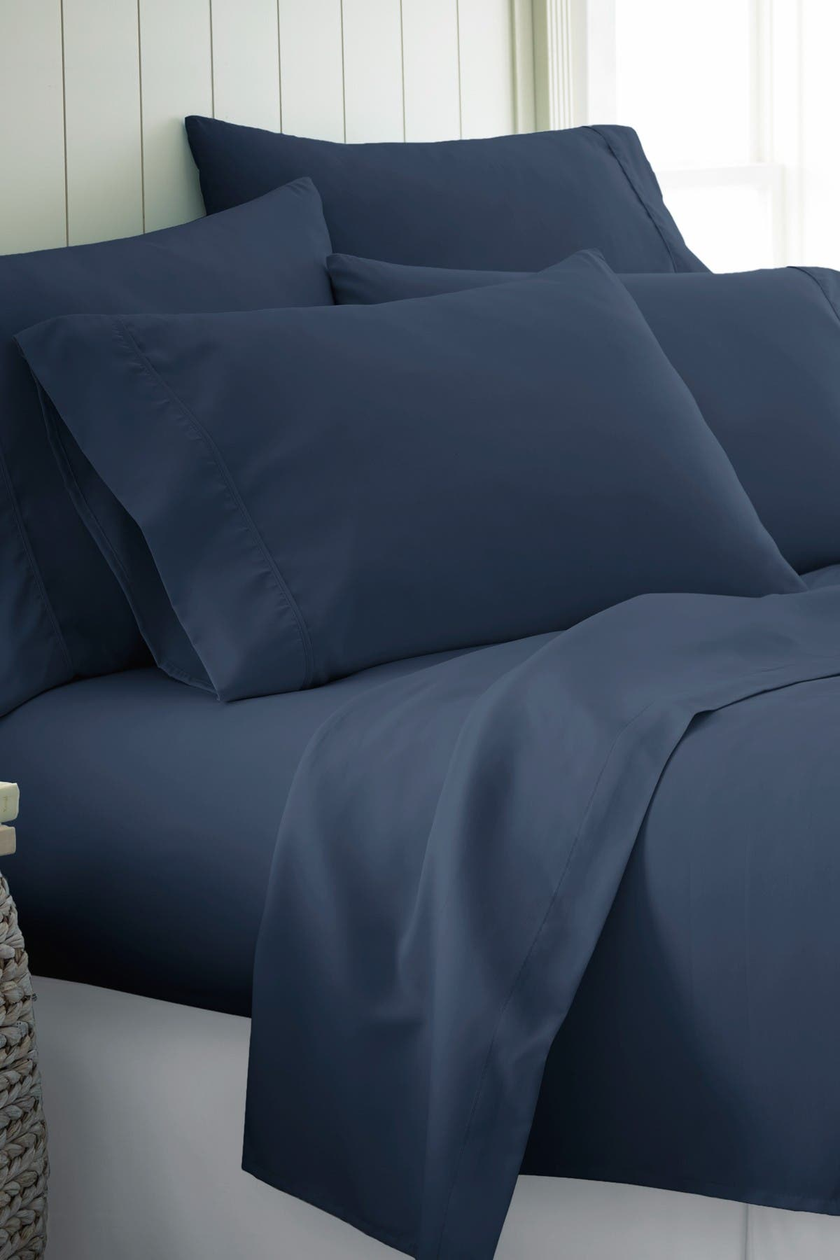 Image of IENJOY HOME Twin XL Hotel Collection Premium Ultra Soft 4-Piece Bed Sheet Set - Navy