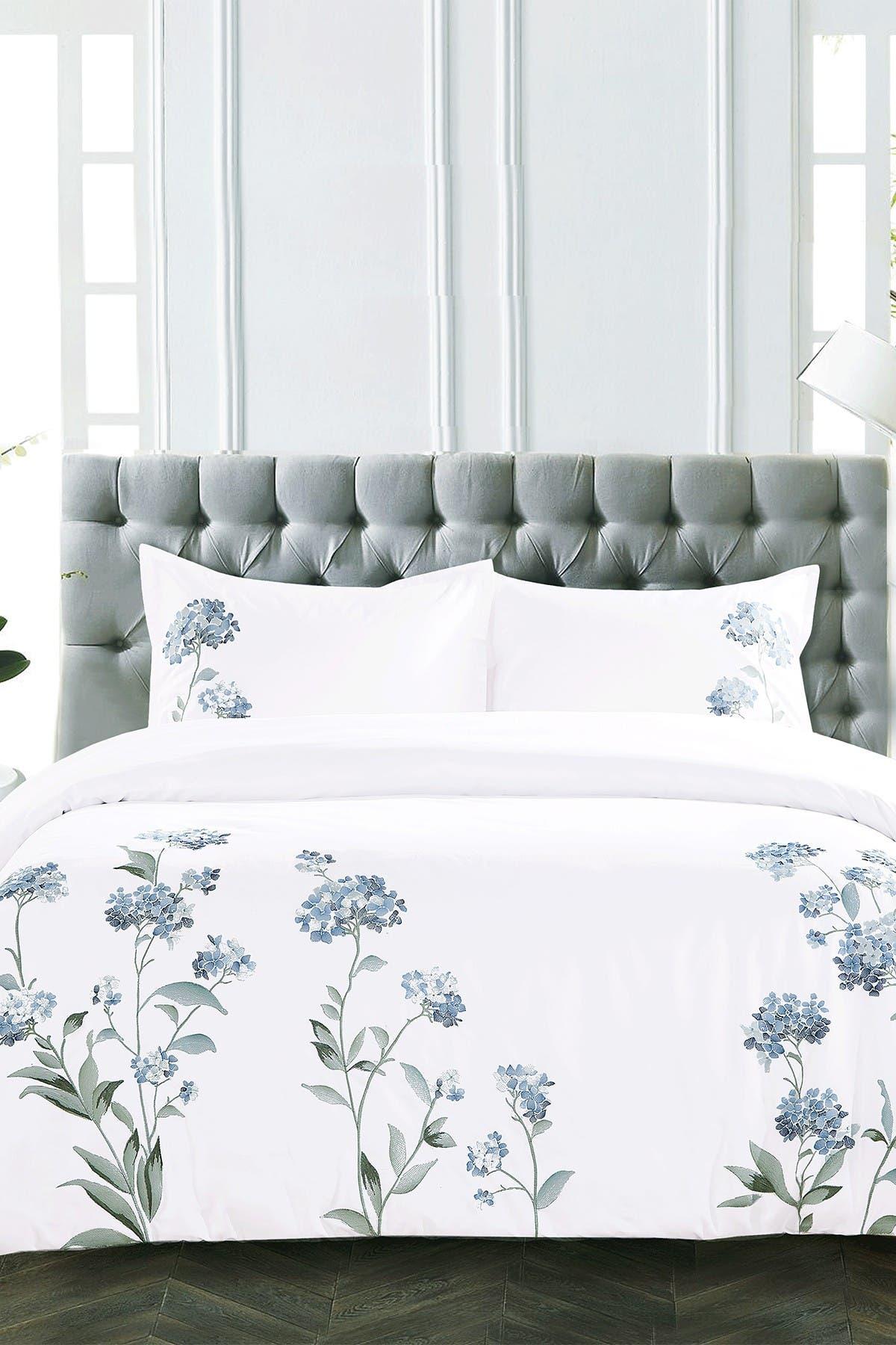Image of Melange Home King Hydrangea Embroidered Duvet Set - White