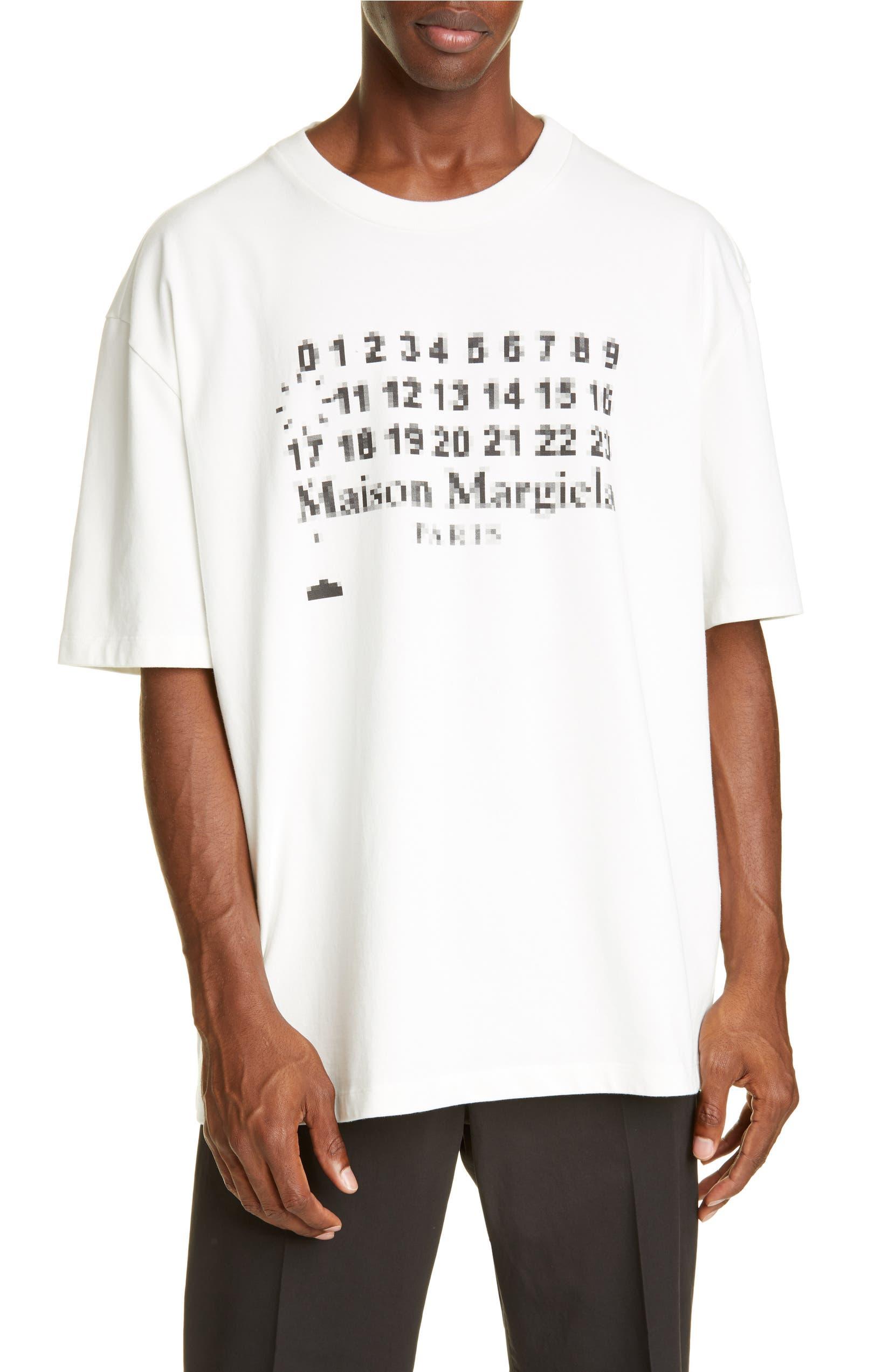 separation shoes 75783 7c38b Maison Margiela Oversize Logo T-Shirt | Nordstrom
