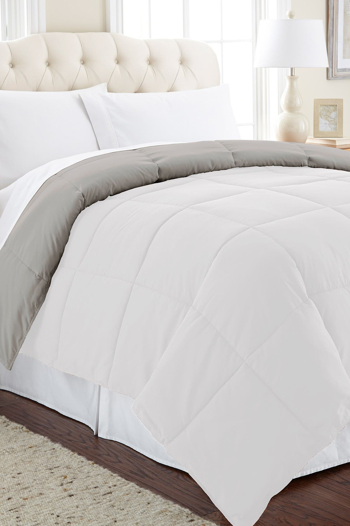 Image of Modern Threads Twin Down Alternative Reversible Comforter - White/Grey