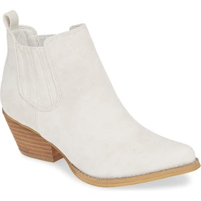 Very Volatile Cady Chelsea Bootie, White