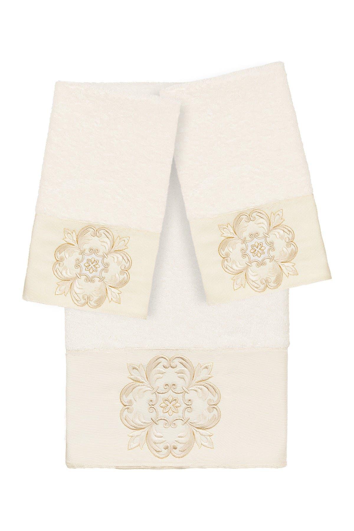 Image of LINUM HOME Alyssa 3-Piece Embellished Towel - Cream