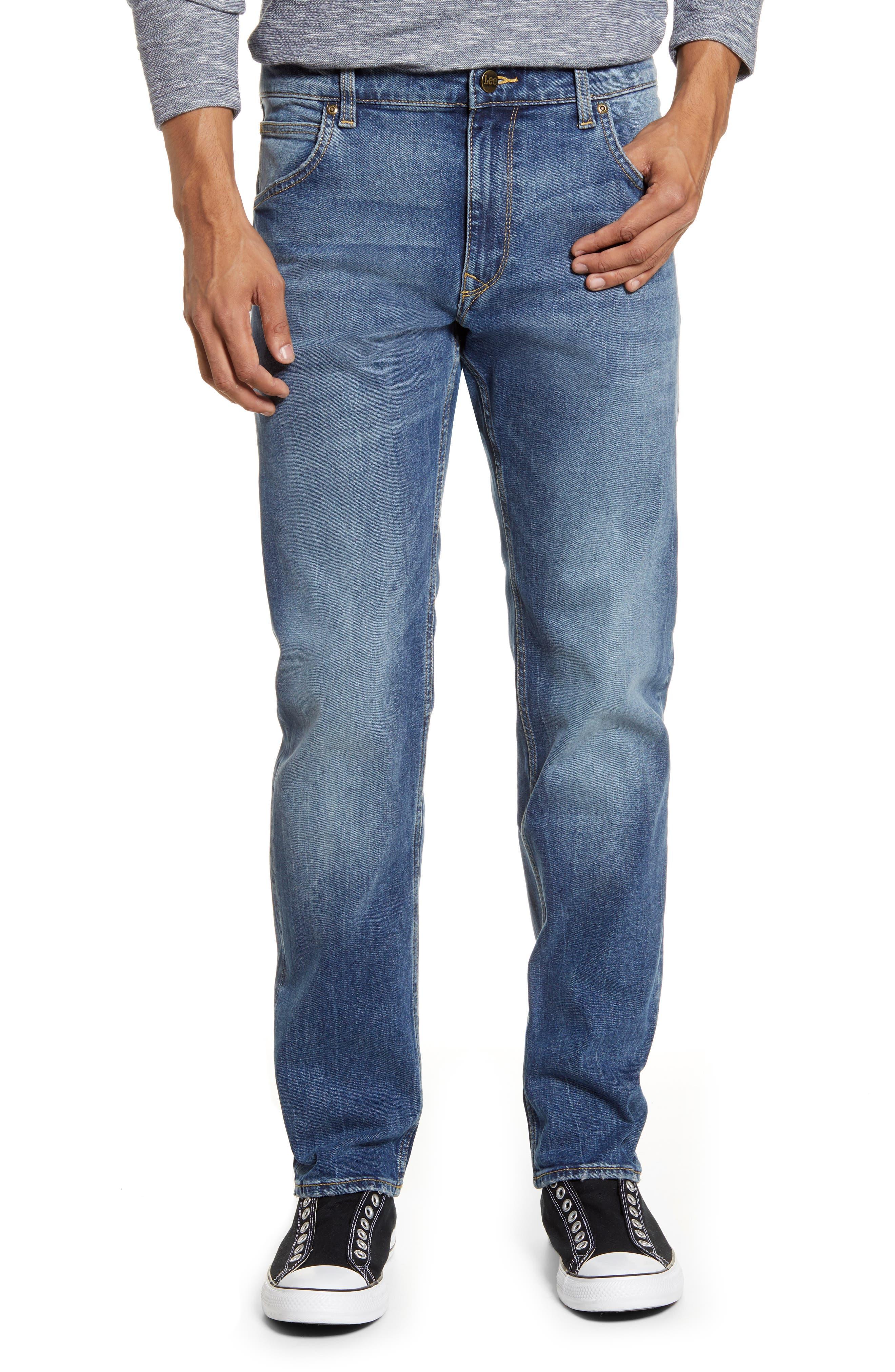 Modern Regular Fit Slim Tapered Jeans