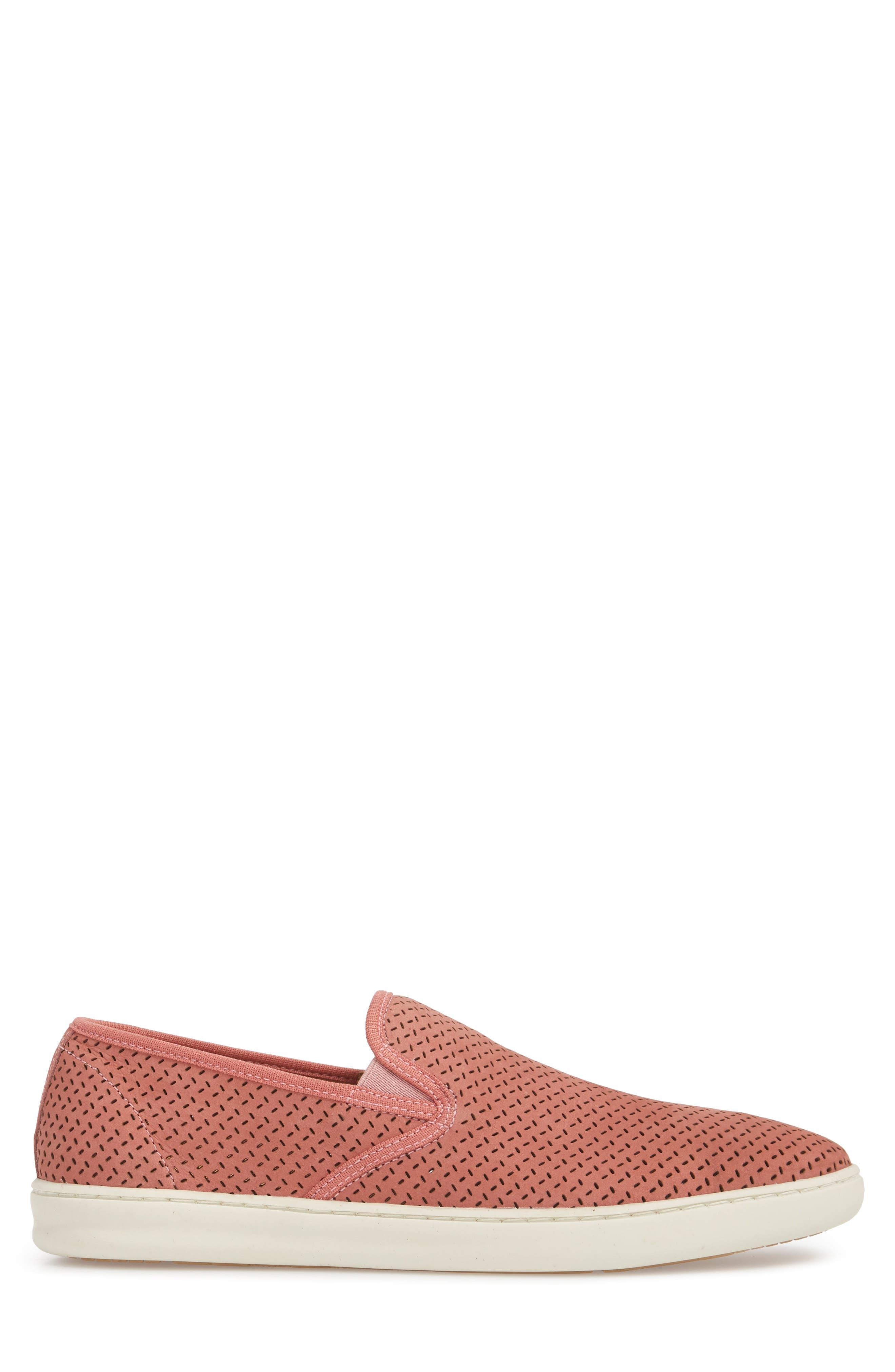 1901 | Malibu Perforated Loafer