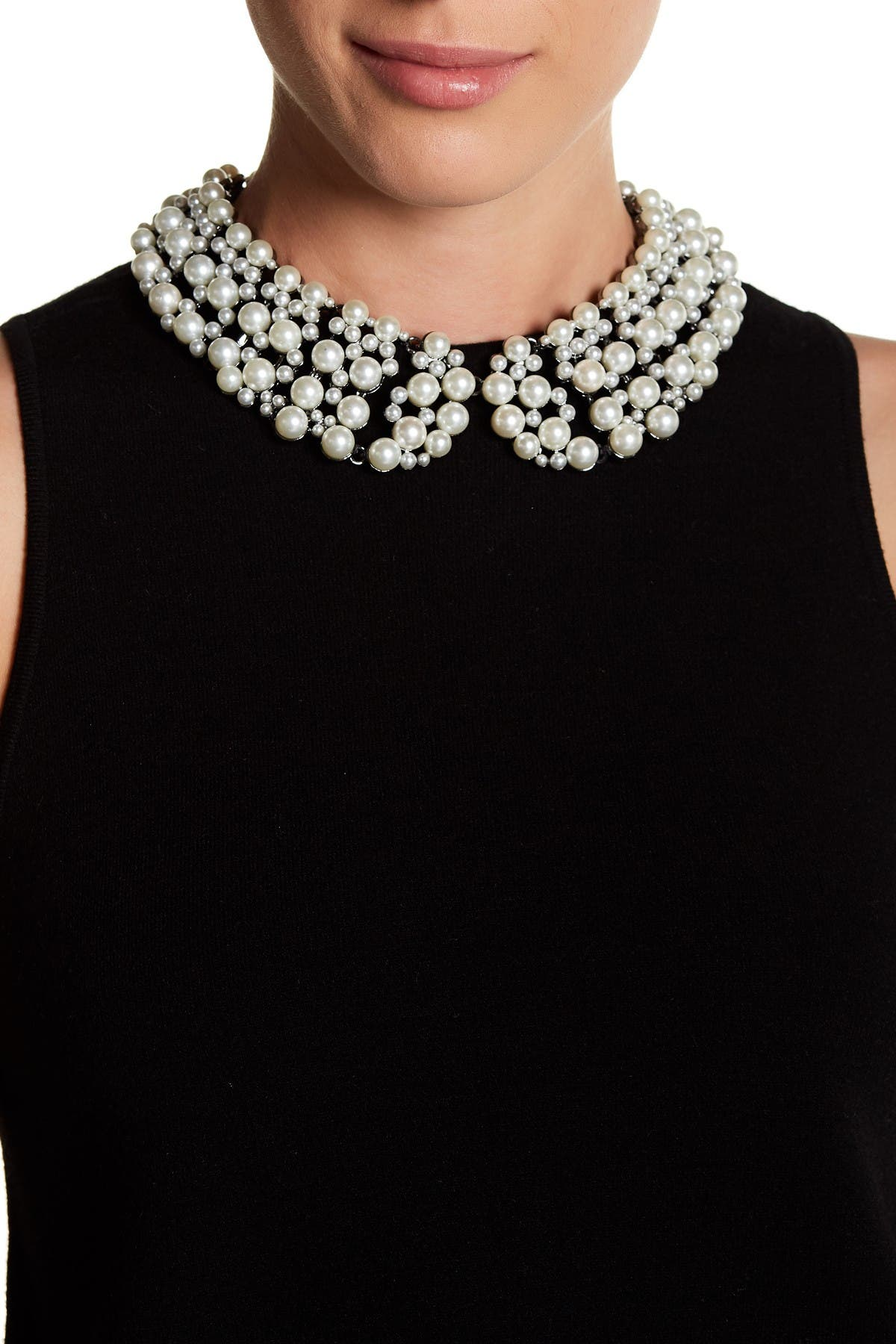 Image of Eye Candy Los Angeles Diana Imitation Pearl Collar Necklace