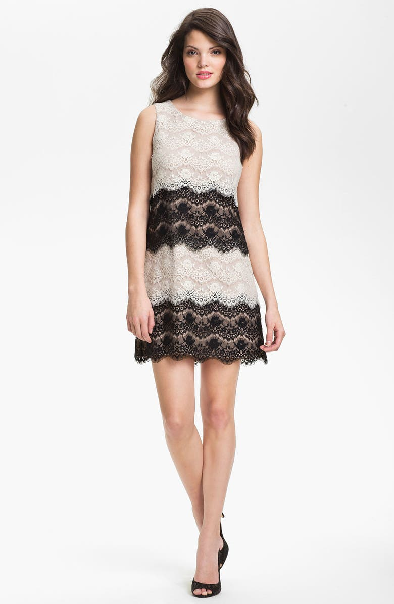 JESSICA SIMPSON Tiered Lace Shift Dress, Main, color, 001