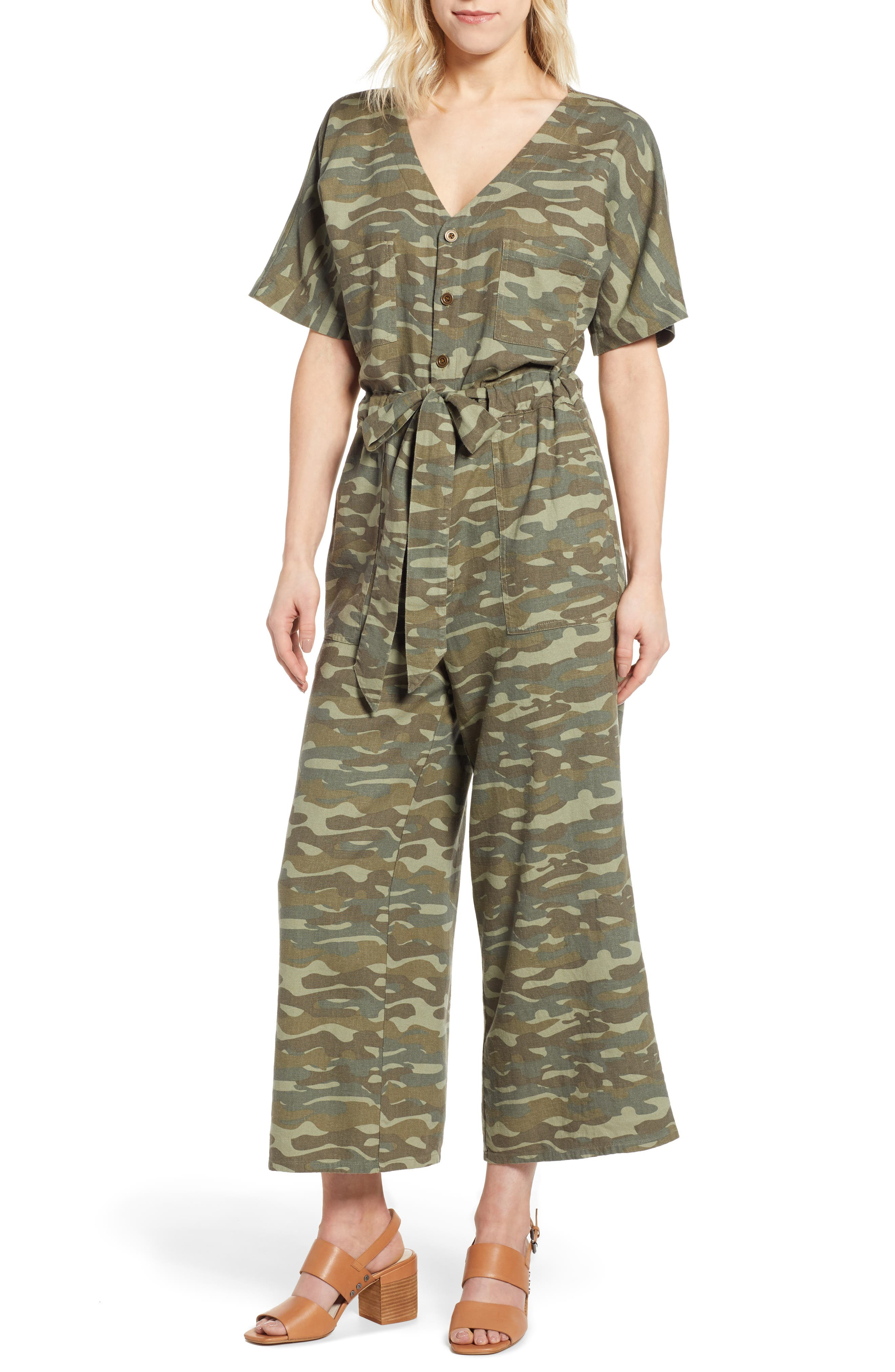 Petite Caslon Linen Blend Jumpsuit, Green