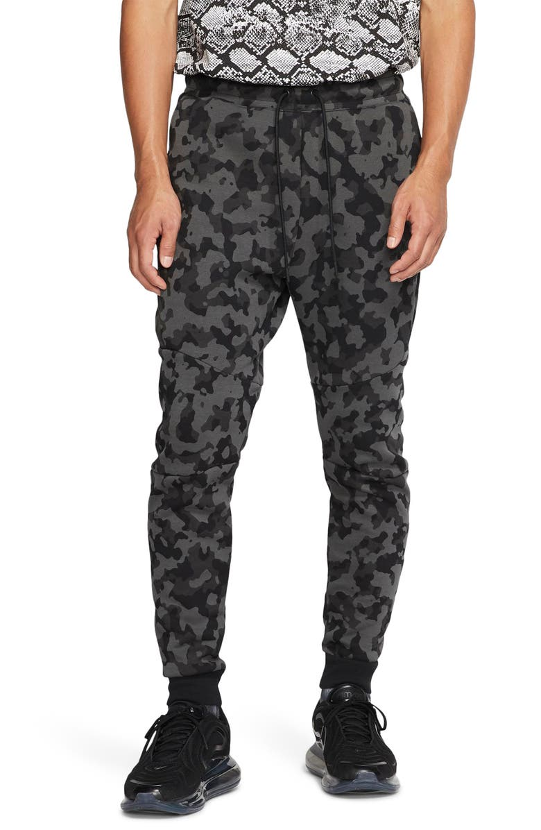 NIKE Tech Fleece Jogger Pants, Main, color, BLACK/BLACK