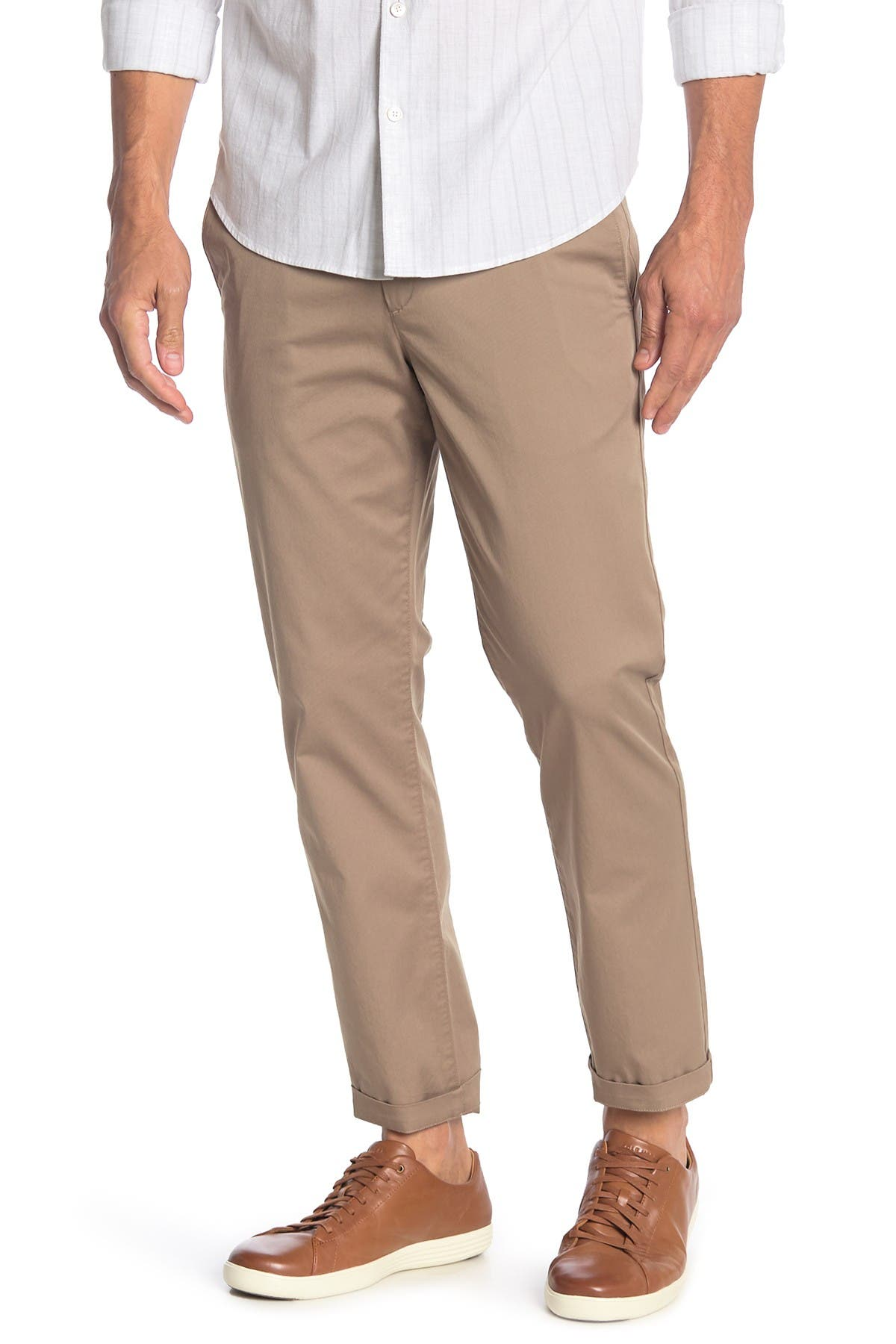 Image of Theory Zaine Solid Twill Pants