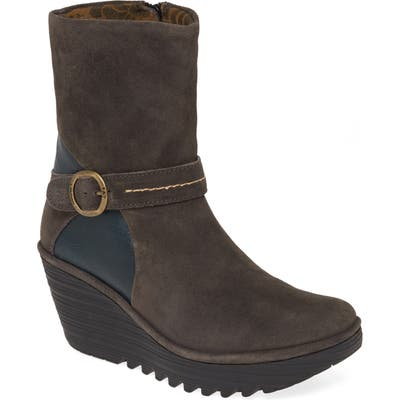 Fly London Yome Wedge Bootie,12.5- Grey