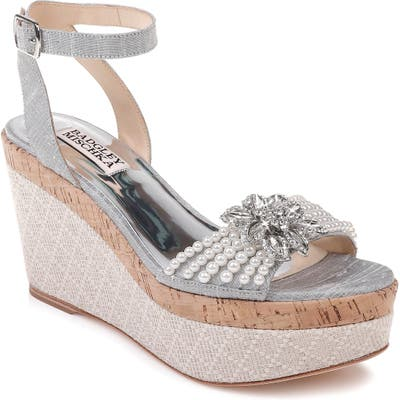 Badgley Mischka Leane Wedge Sandal, Metallic