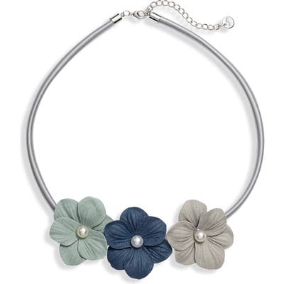 Knotty Hibiscus Necklace