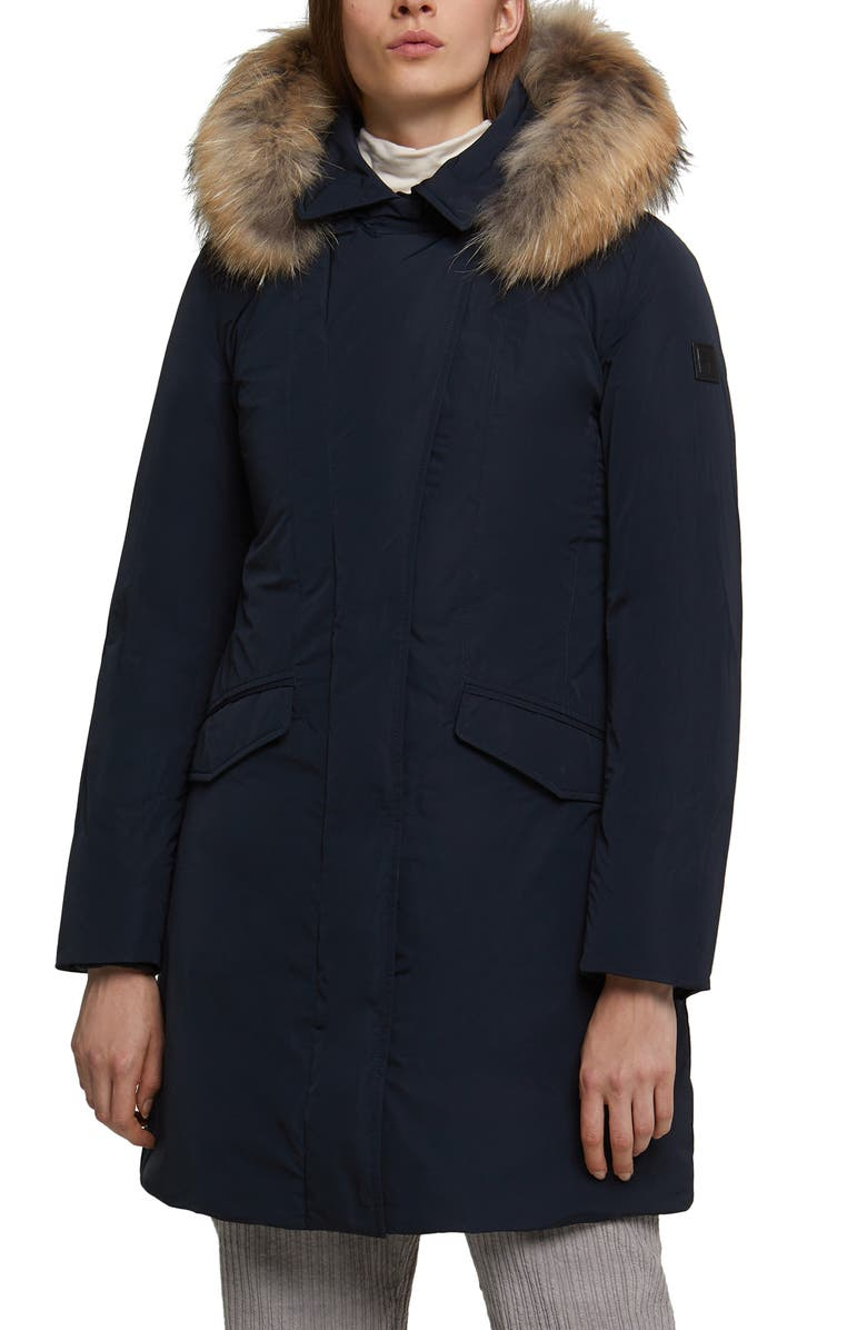Modern Vail 700 Fill Power Down Coat With Genuine Coyote Fur Trim by Woolrich