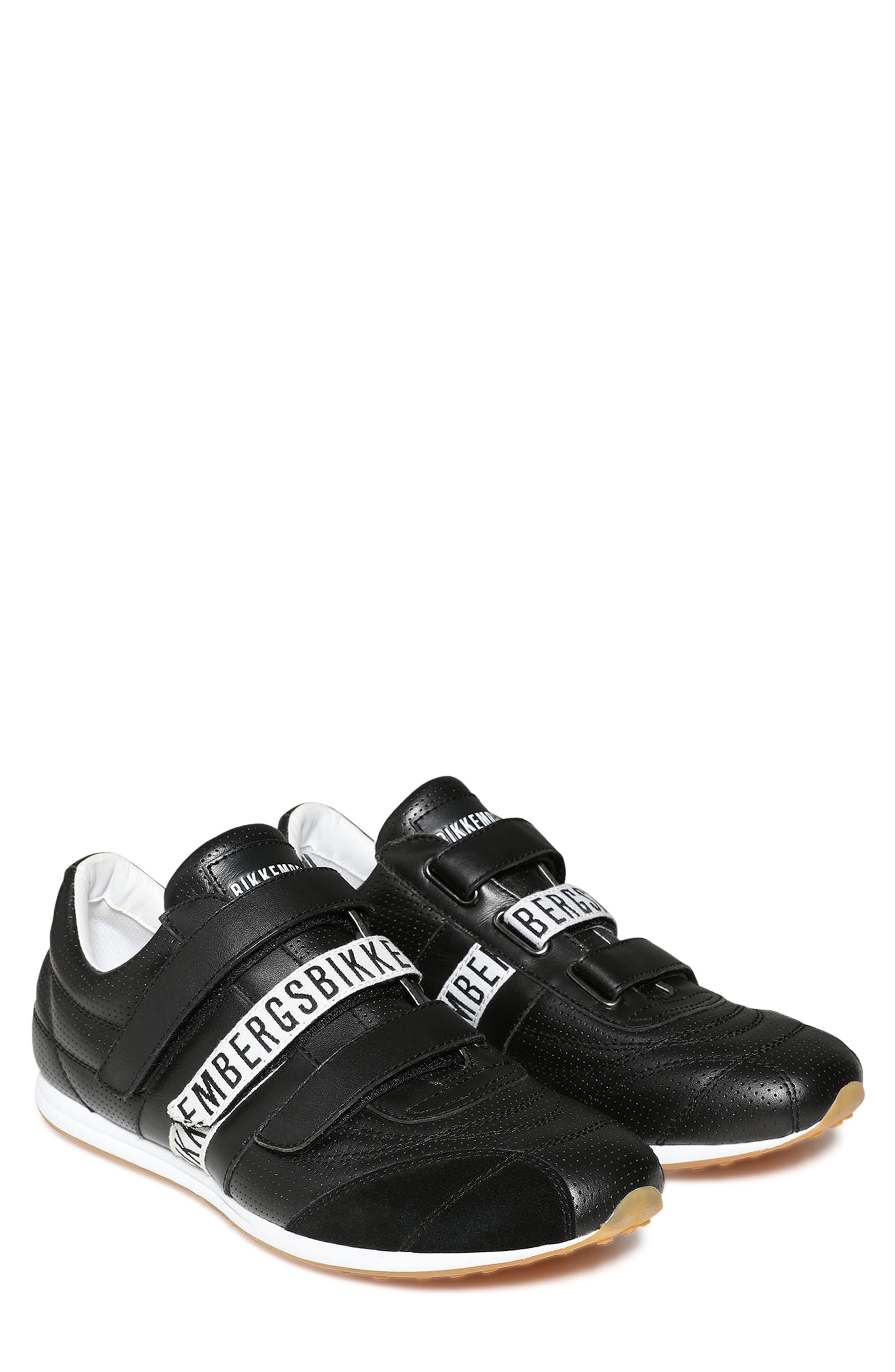Bannon Sneaker