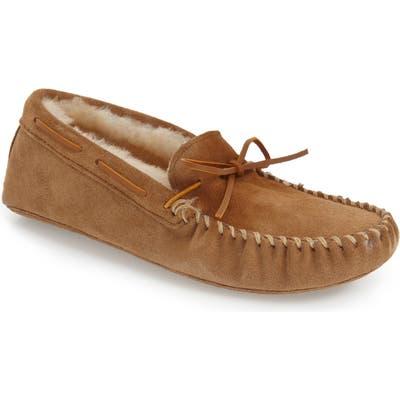 Minnetonka Genuine Shearling Lined Leather Slipper