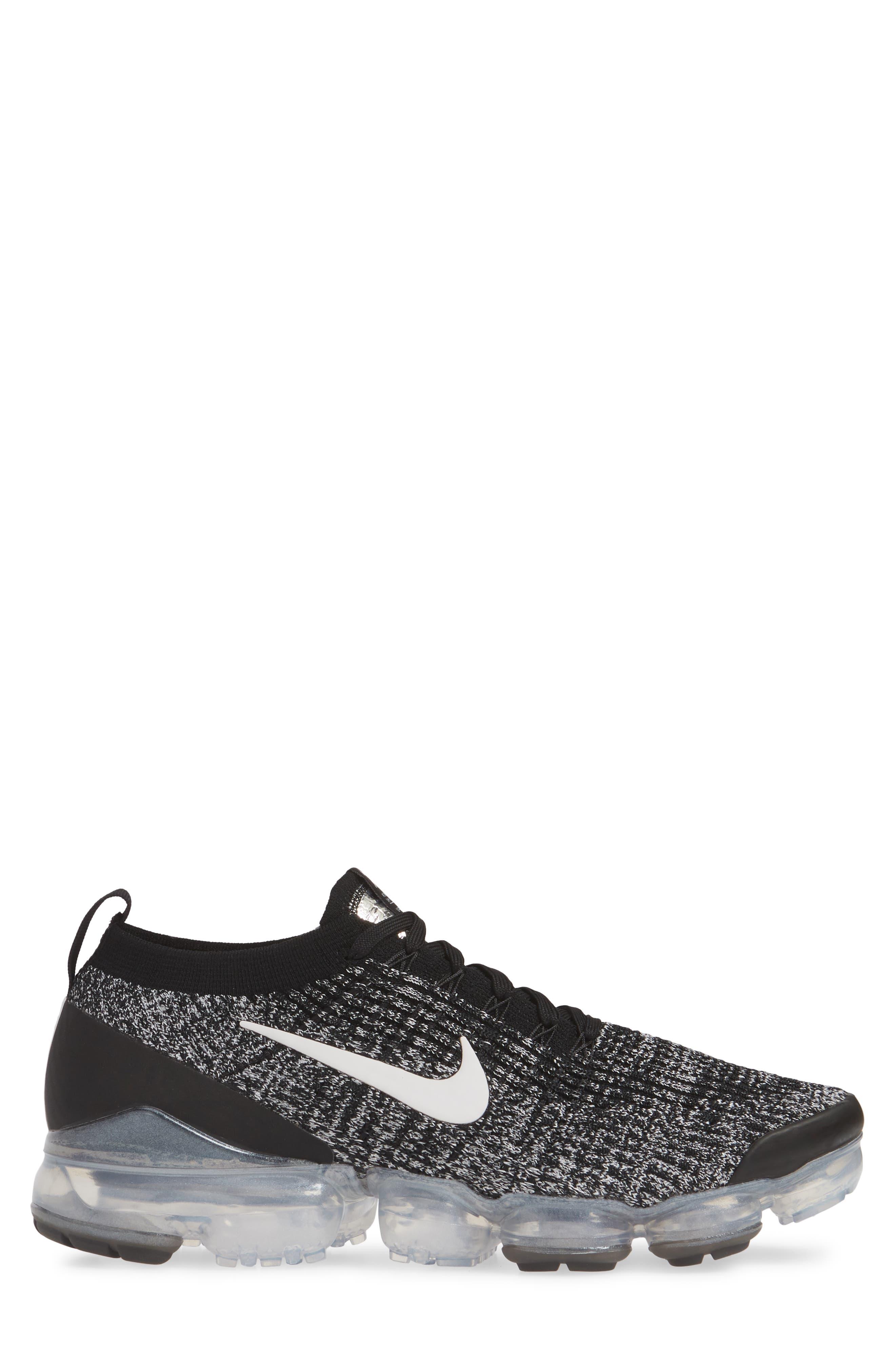 ,                             Air VaporMax Flyknit 3 Sneaker,                             Alternate thumbnail 3, color,                             BLACK/ WHITE/ METALLIC SILVER