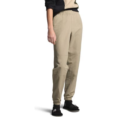 The North Face Classic V Jogger Pants