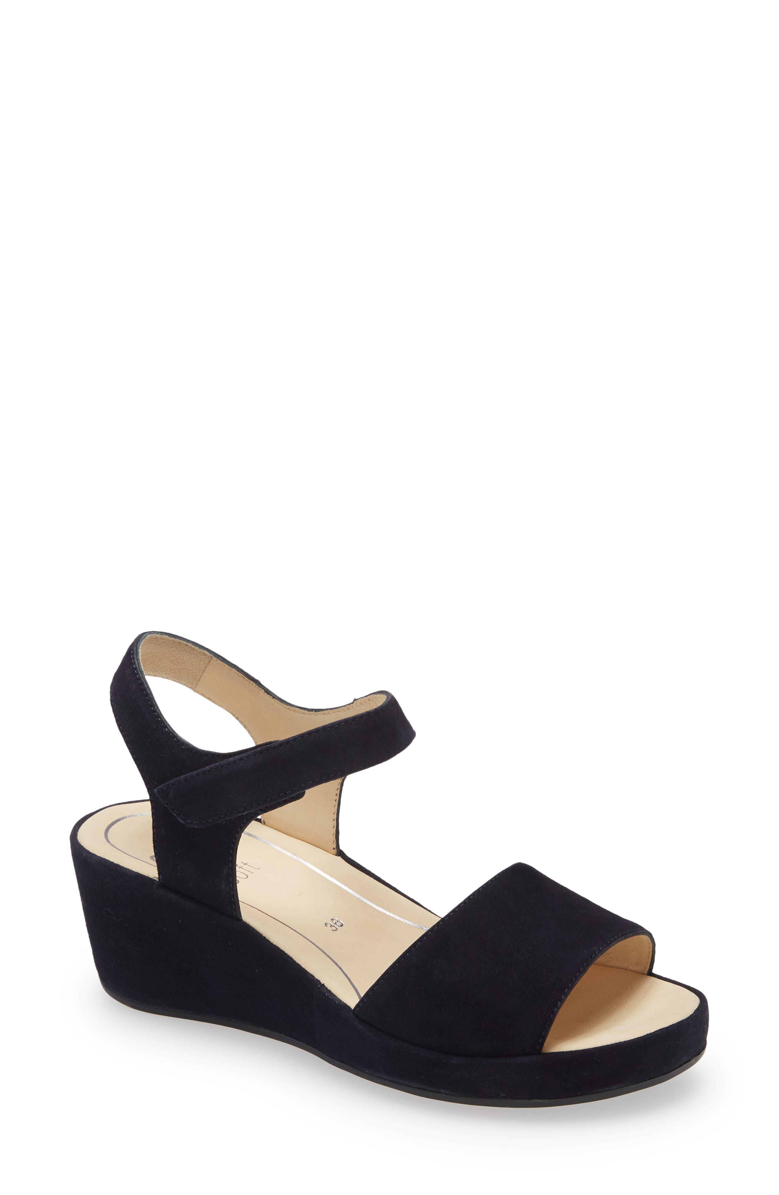 Rouge Wedge Sandal
