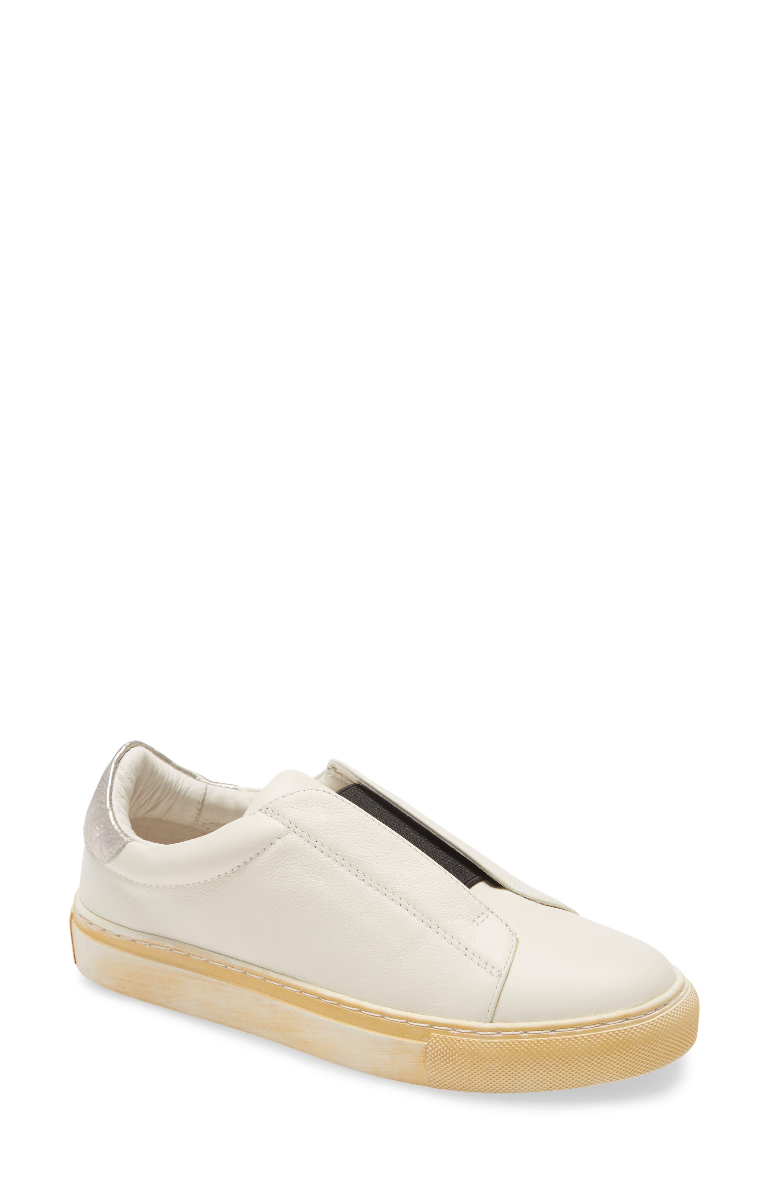 Nissa Slip-On Sneaker