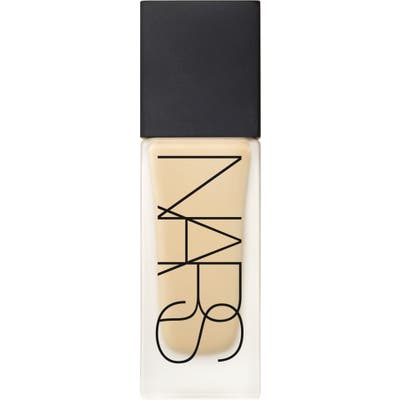 Nars All Day Luminous Weightless Liquid Foundation - Stromboli