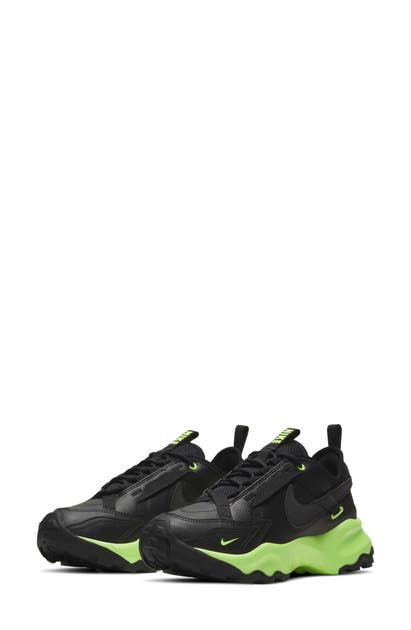 Nike TC 7900 SNEAKER
