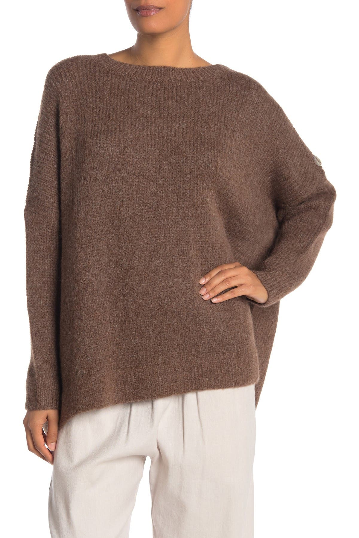 Image of JARBO Button Accent Pullover