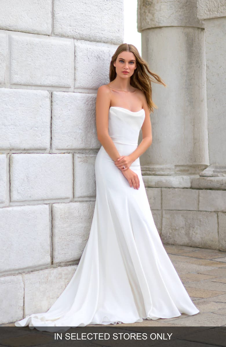 BLISS MONIQUE LHUILLIER Strapless Crepe Wedding Dress, Main, color, SILK WHITE