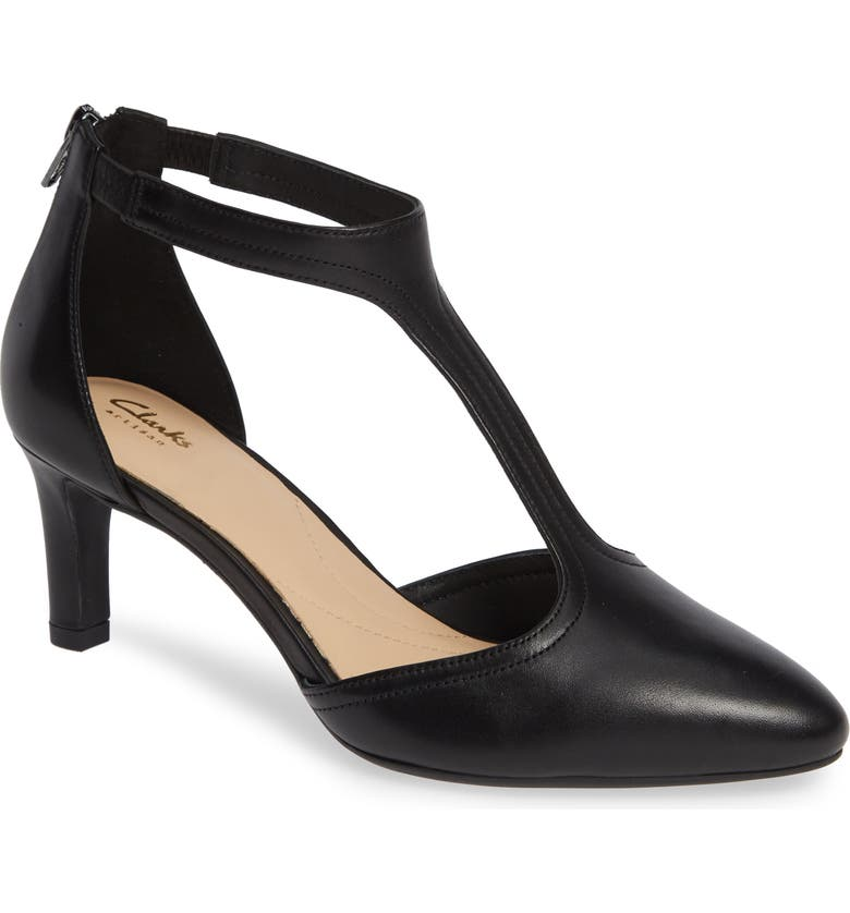 CLARKS<SUP>®</SUP> Calla Lily Pump, Main, color, BLACK LEATHER