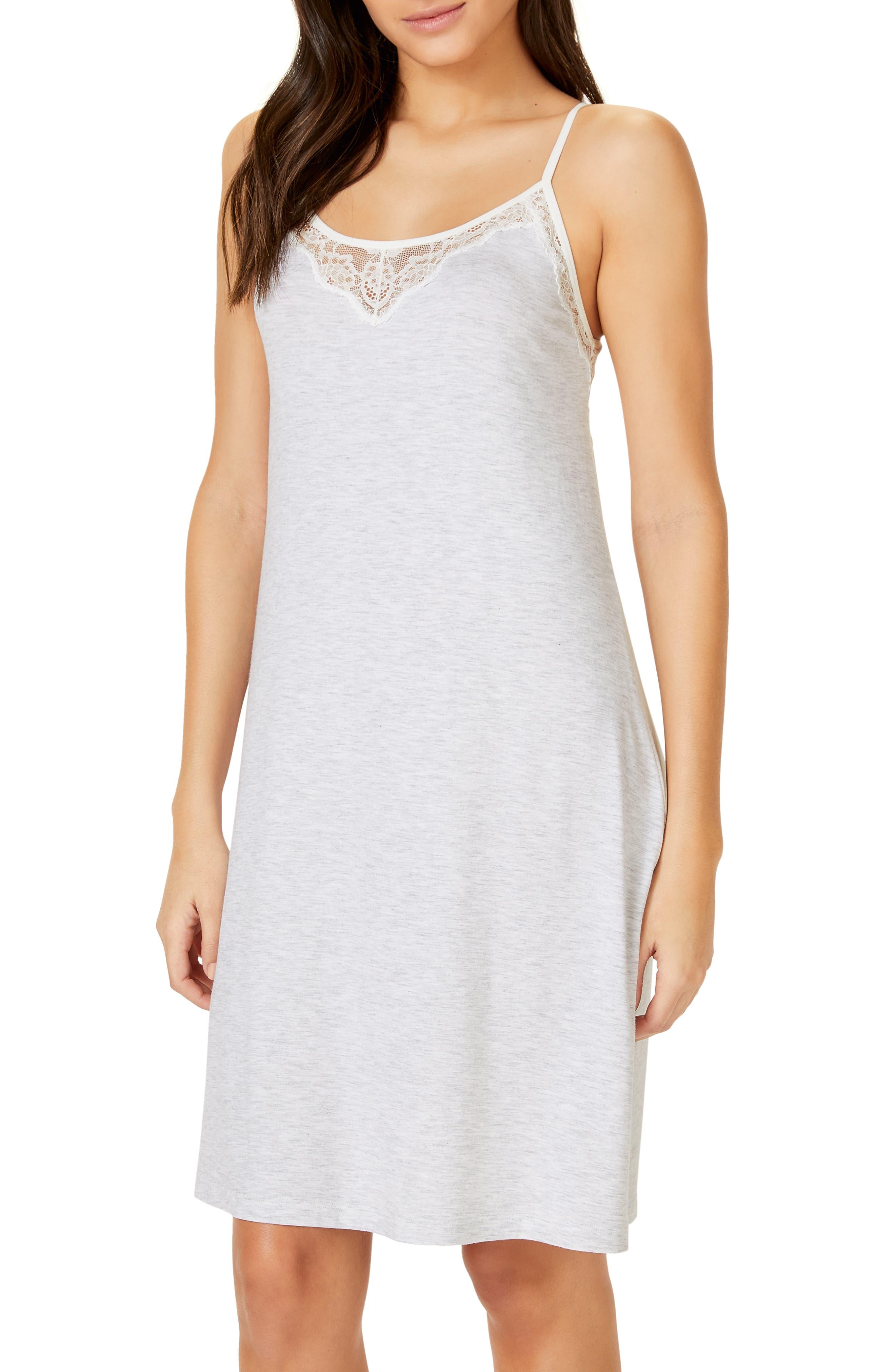 The White Company Eyelash Lace Nightgown, Grey