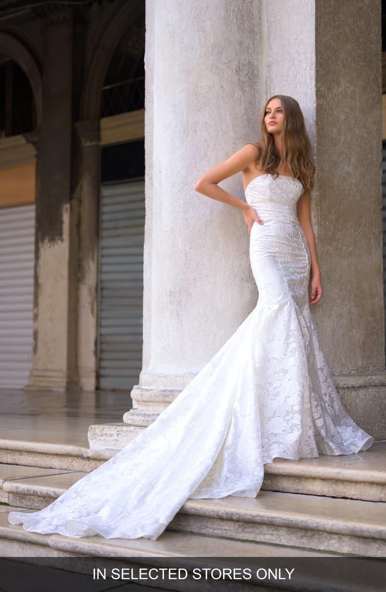 BLISS MONIQUE LHUILLIER Strapless Lace Mermaid Wedding Dress, Main, color, SILK WHITE