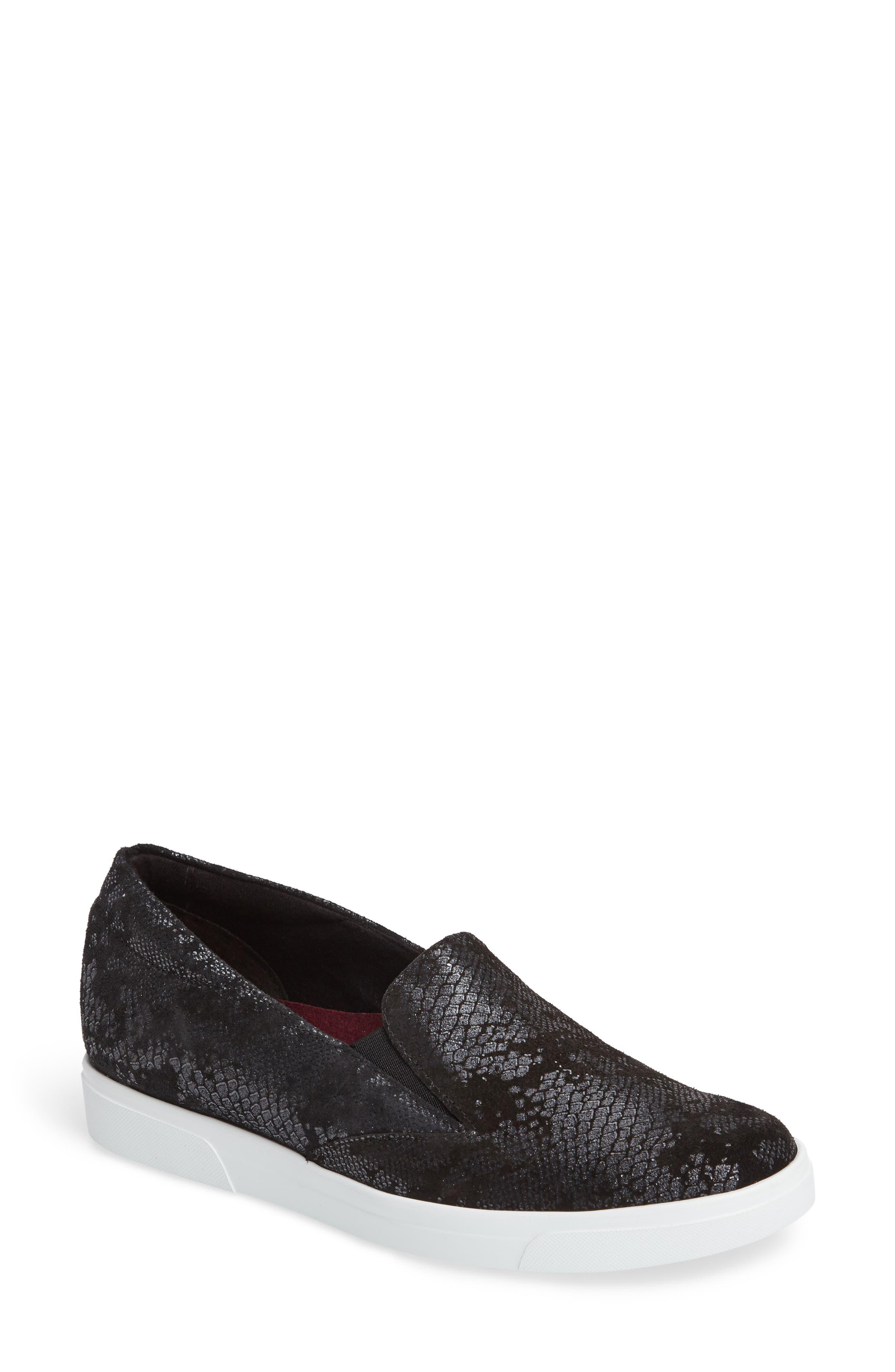 Munro Lulu Slip-On Sneaker, Black