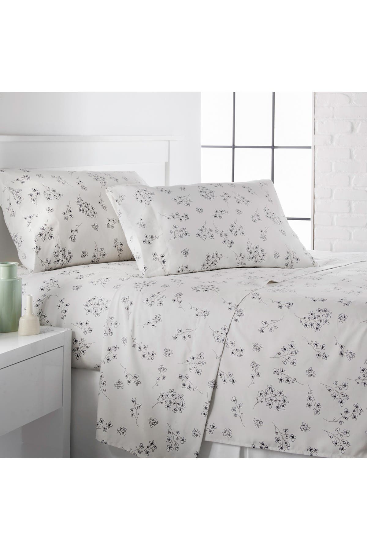 Image of SOUTHSHORE FINE LINENS Queen Premium Collection Printed Deep Pocket Sheet Sets - Sweet Florals Lunar Grey