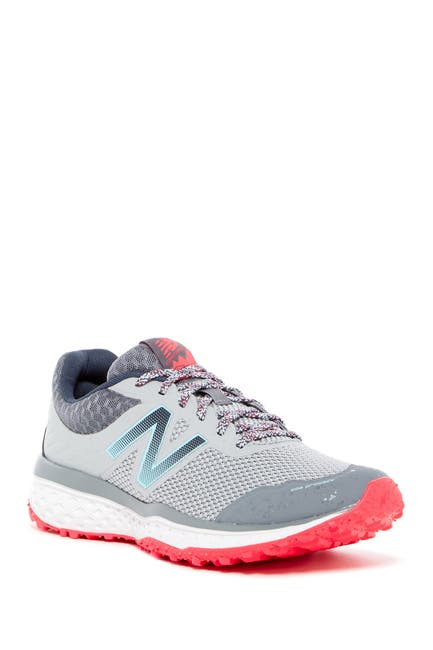Image of New Balance 620v2 Trail Running Shoe - Wide Width Available
