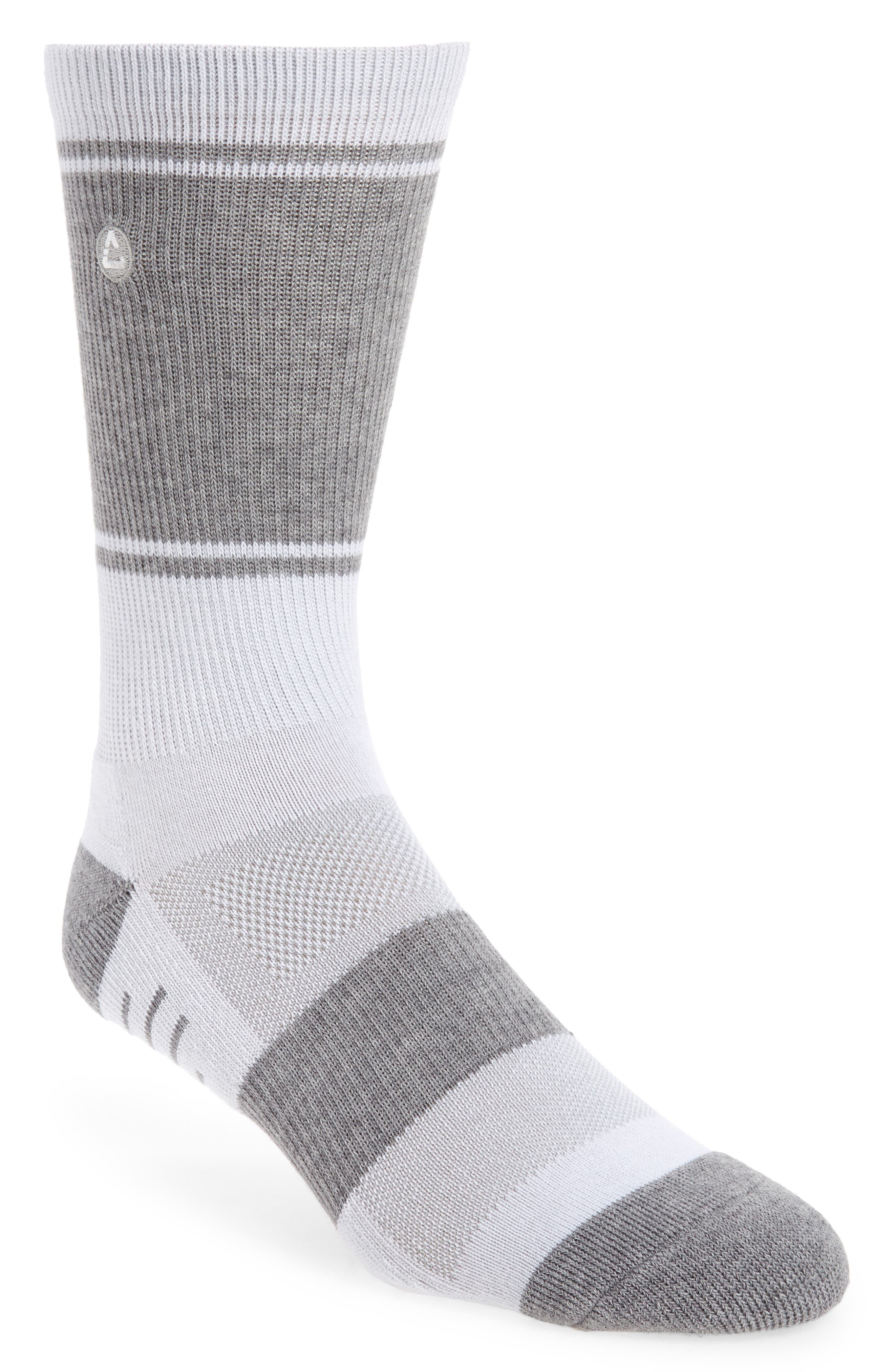 Elastic arch support, stress-zone cushioning and enhanced ventilation put performance comfort under every step in socks that also fight odors to keep you fresh. Style Name: Travismathew Baja Stripe Crew Socks. Style Number: 6117119. Available in stores.