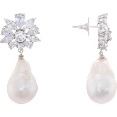 Nina Baroque Freshwater Pearl Cluster Earrings