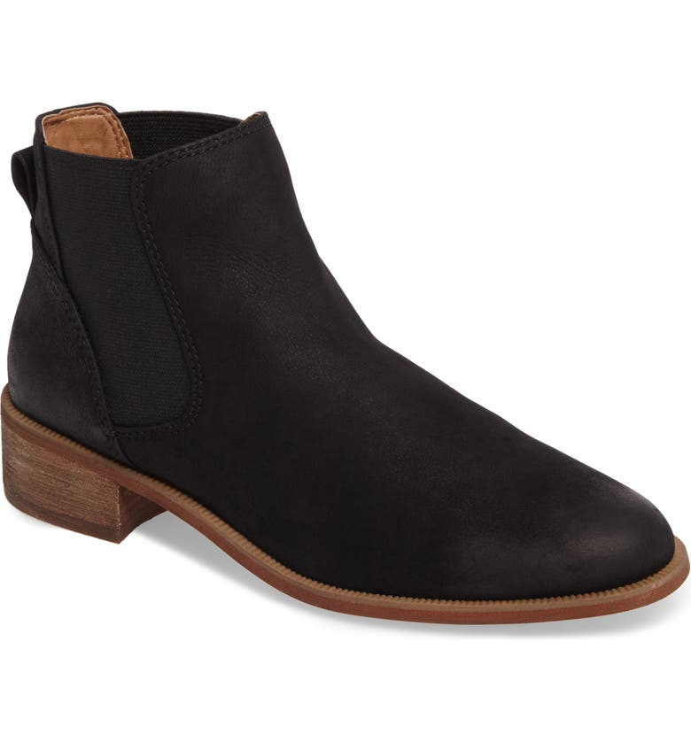 CASLON<SUP>®</SUP> Brenna Water Resistant Bootie, Main, color, 002