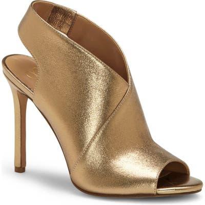 Jessica Simpson Jourie 2 Sandal- Metallic