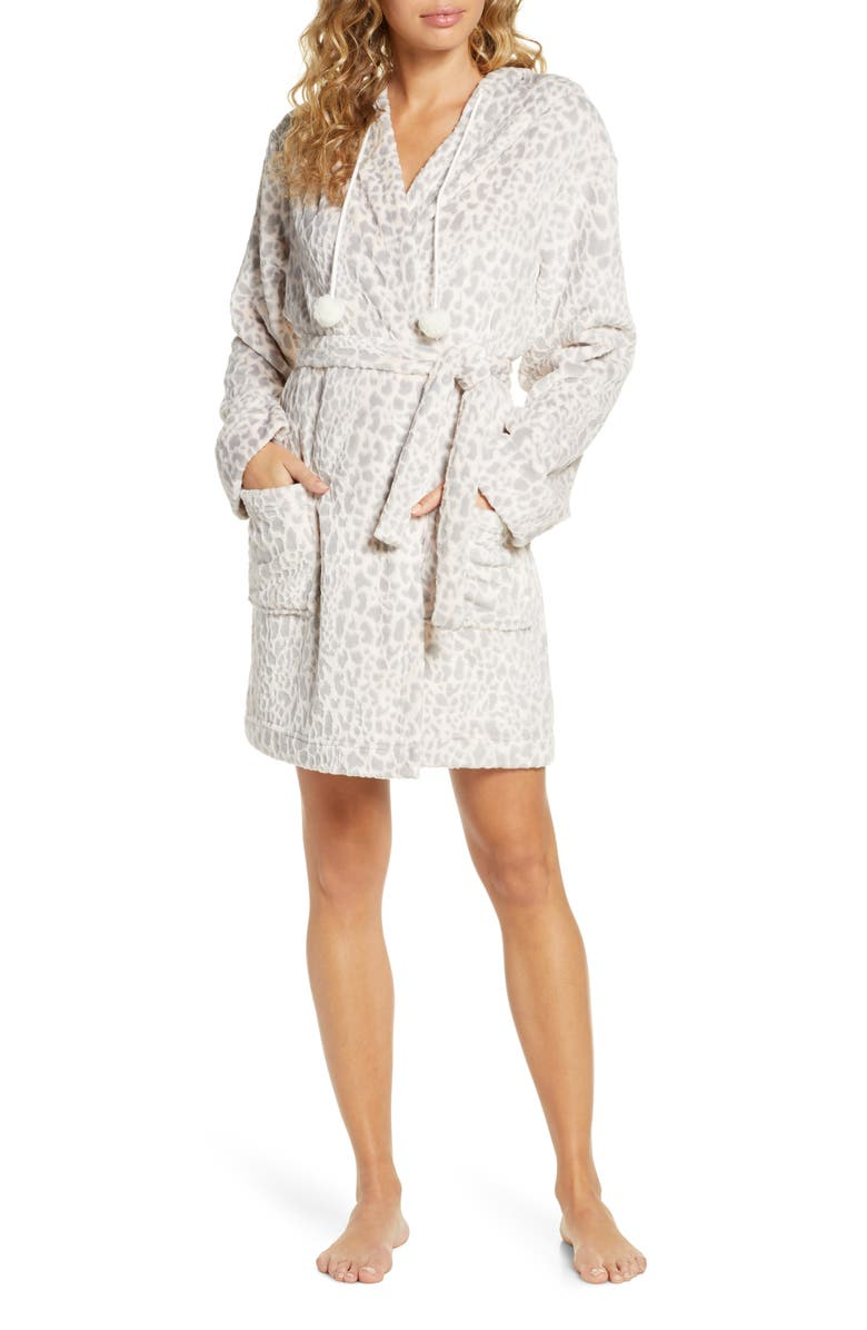 HONEYDEW INTIMATES Fluffy Buddy Fleece Short Robe, Main, color, VANILLA SPICE LEOPARD