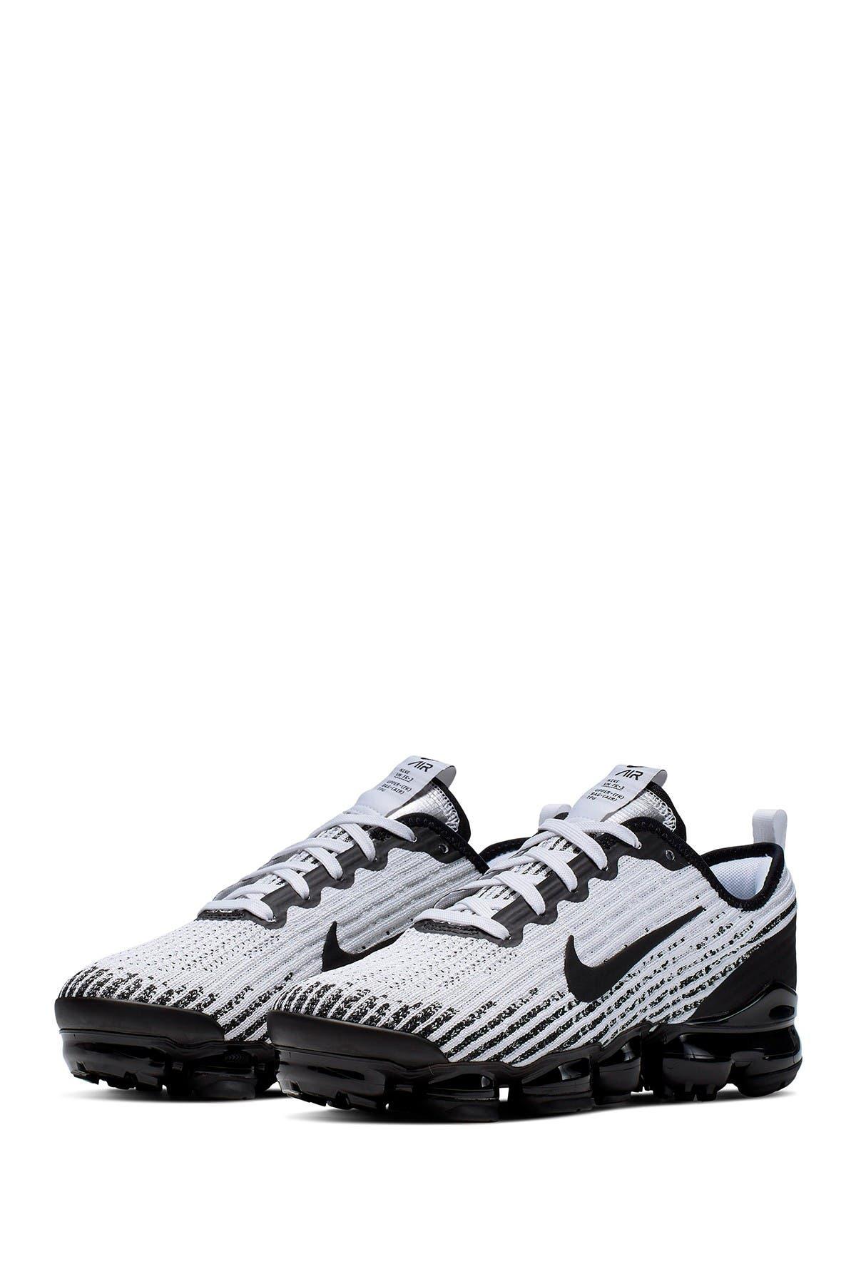 Nike | Air Vapormax Flyknit Sneaker