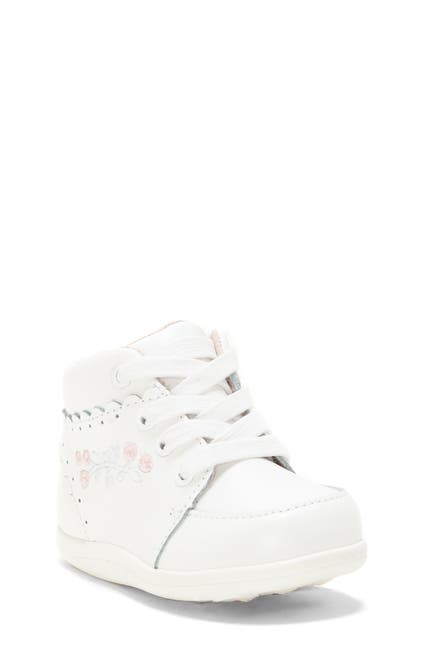 Image of SOLE PLAY Lucie Embroidered Sneaker