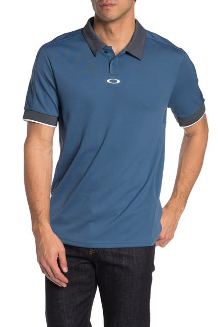Image of Oakley Aero Resort Short Sleeve Polo