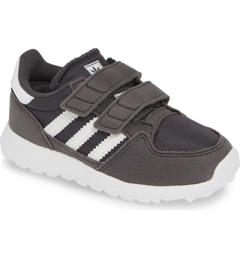 Forest Grove Sneaker