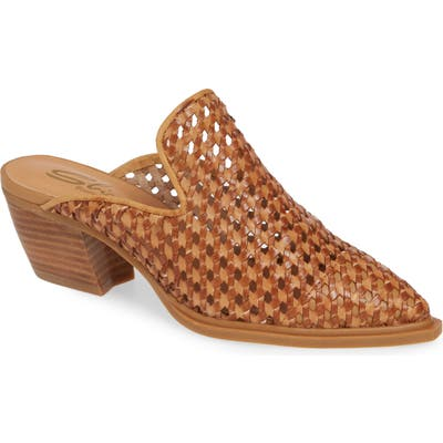 Sbicca Louise Woven Mule, Brown