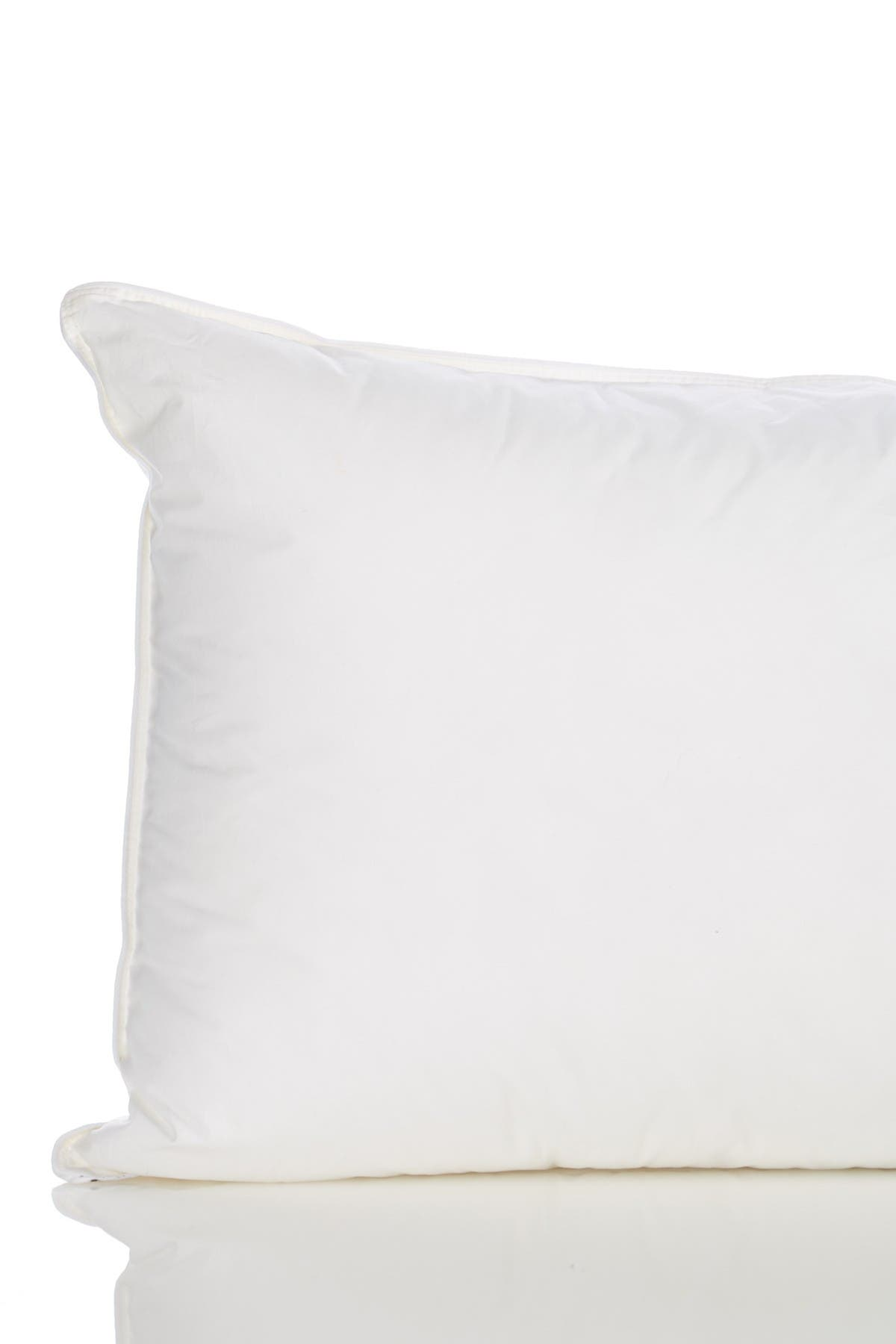 Image of Nordstrom Rack Standard Single Poly Down Alternative Pillow - White