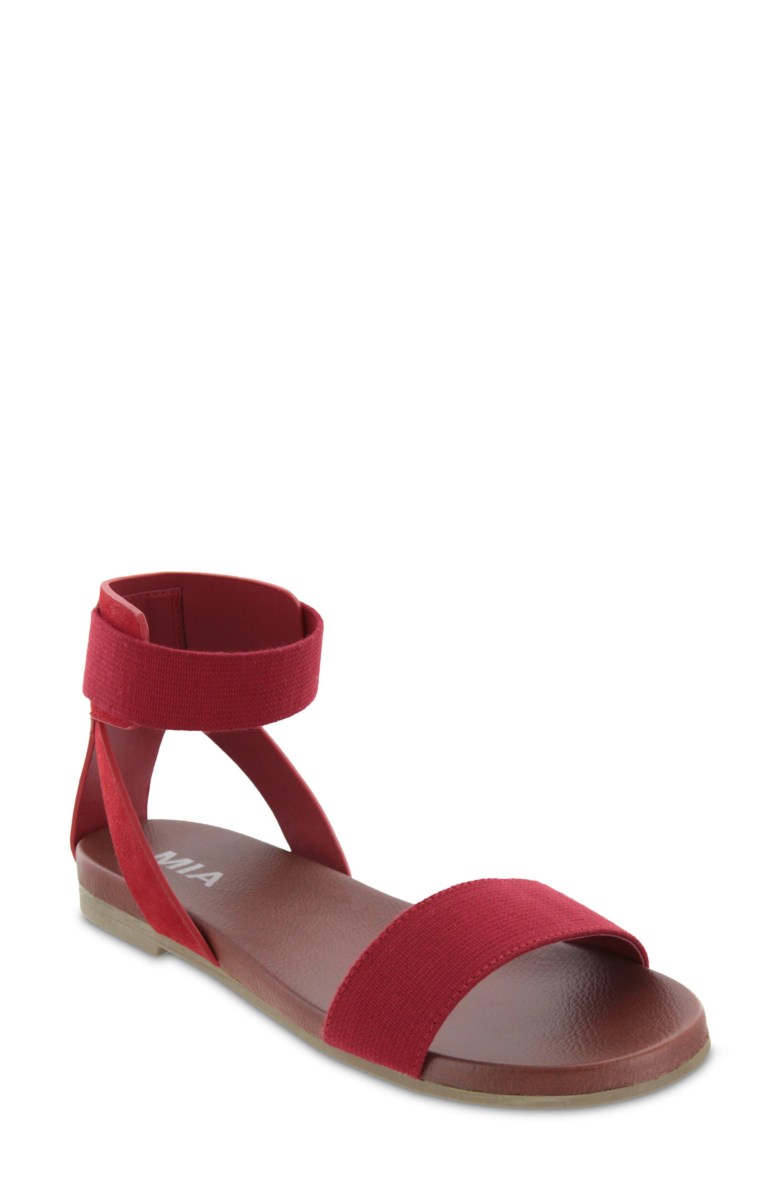 Ember Sandal