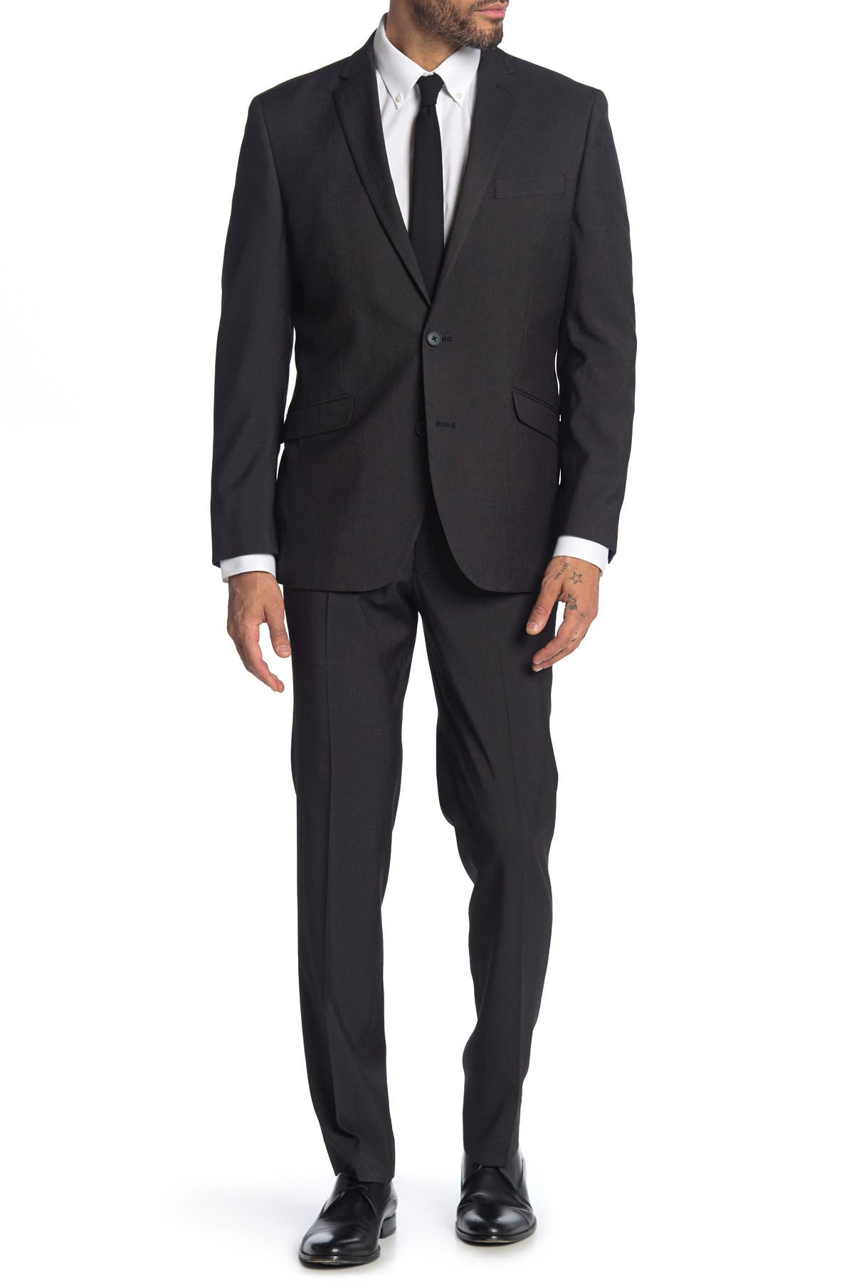 Image of Kenneth Cole Reaction Techni-Cole Performance Slim Fit Solid Suit