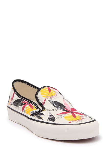 Image of VANS Slip-On SF Sneaker