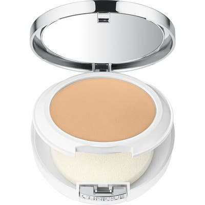Clinique Beyond Perfecting Powder Foundation + Concealer -